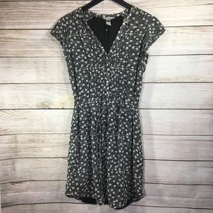 H&M Black White Polka Dot Sleeveless V-Neck Dress